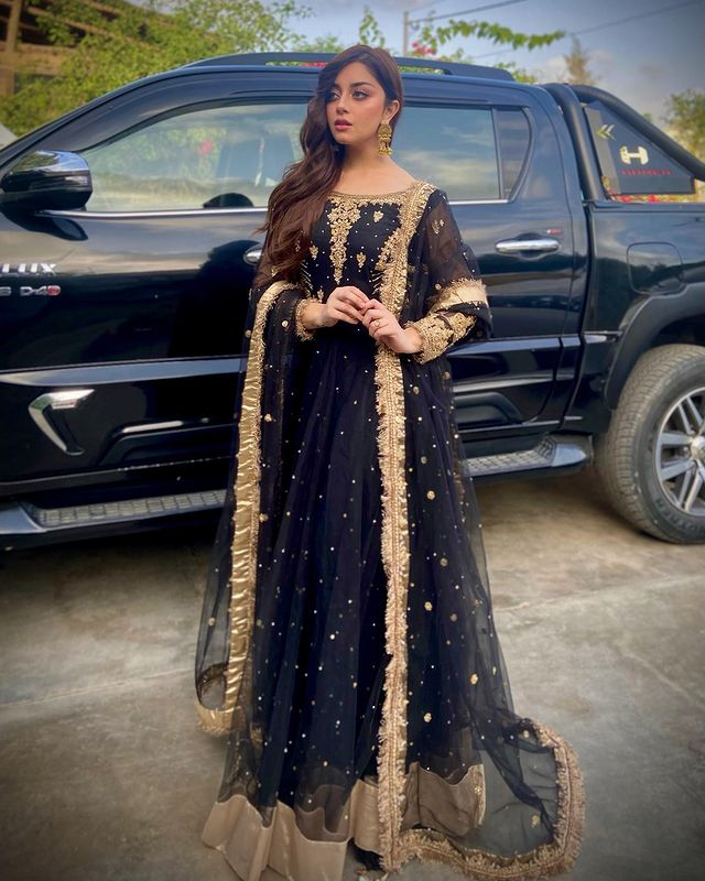 Alizeh Shah Full Black Dress