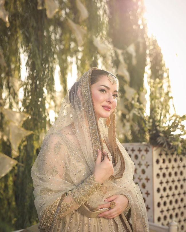 Hania Amir Bridal Shoot