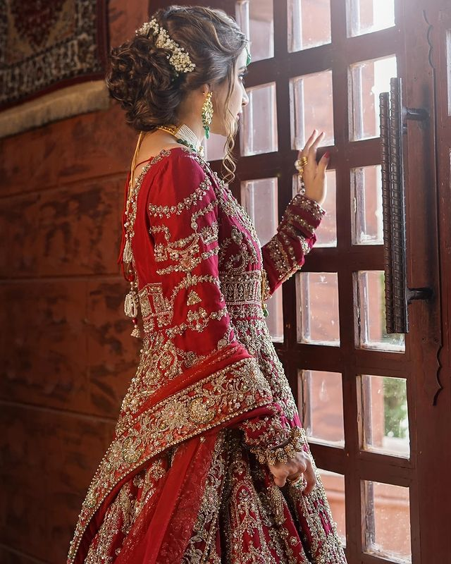 Saboor-Aly-Bridal-Photoshoot
