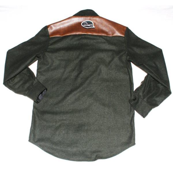 1263578995.49611100green shirt bk