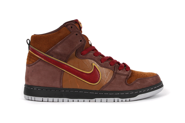 ... About the Author Nike ACG Lava Dunk High Premium ... 78b00ae54