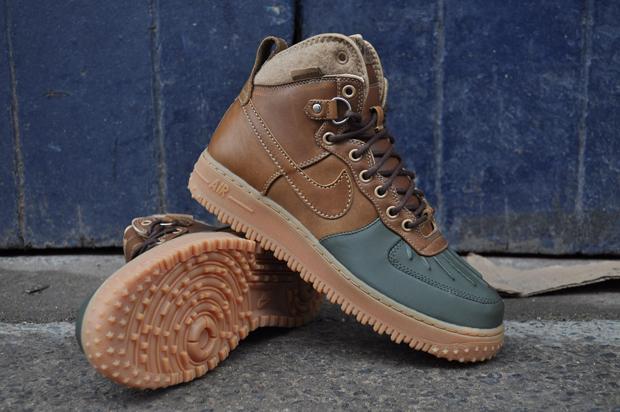 quality design 35d9b 70265 Nike Air Force 1 Hi Duckboot (Brown Dark Army)