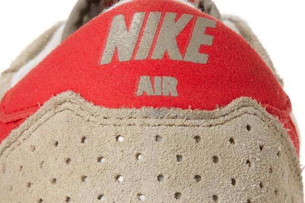 Nike-Air-Epic-Vintage-Bamboo-Challenge-Red-Khaki-06