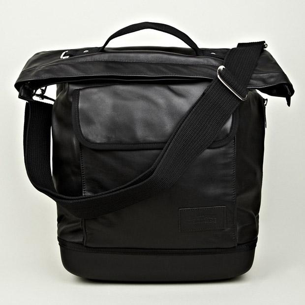 Eastpak-Kris-Van-Assche-Shopper-Bag-01