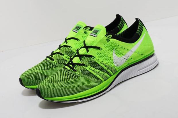 Nike-FlyKnit-Trainer-New-Colourways-2012-02