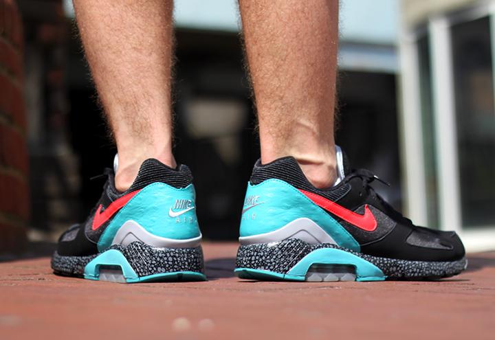 Nike-Air-Max-180-Black-Laser-Crimson-02
