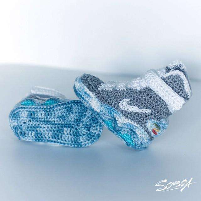 Crochet Nike Air MAG baby booties by Sosoa 03