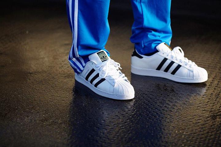 adidas-Originals-London-celebrates-the-Superstar-04