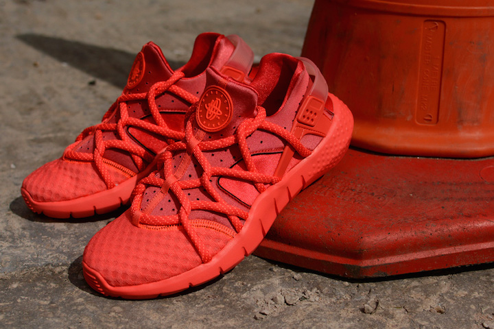 9e327d9e23b6e Nike Air Huarache NM  Hot Lava