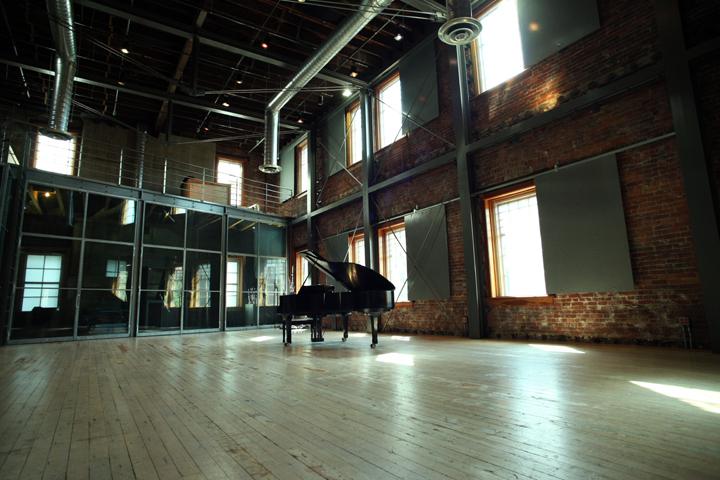 The_Warehouse_Studio_33251