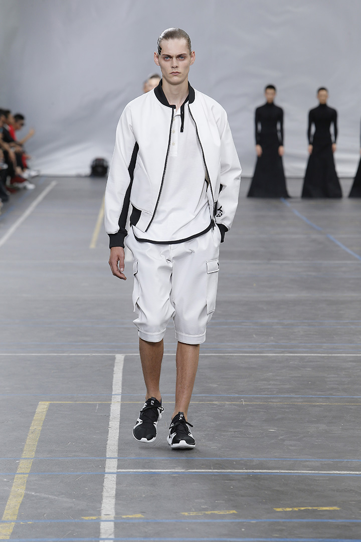 Y-3-SS16-Show-3-STRIPES-IN-MOTION-12