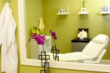 Take a Fresh Facebook Photo at Lily Med Spa