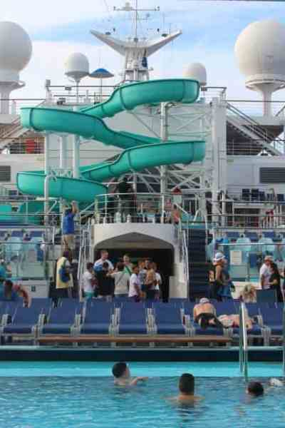 Why You Should Take a Carnival Cruise