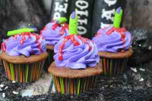Witches Finger Cupcakes