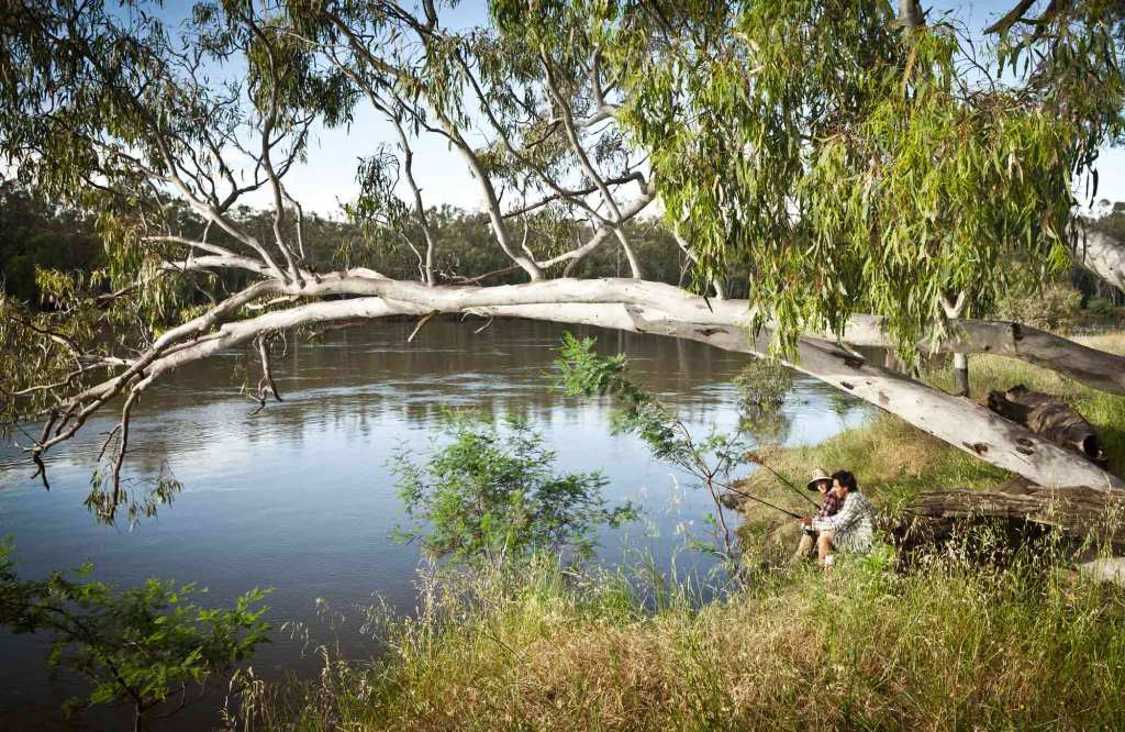 Fishing on the Darling River