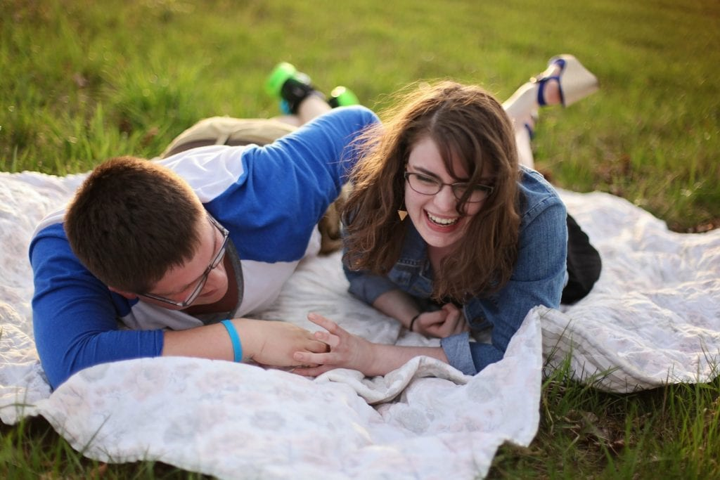 16 Inexpensive Ways to Celebrate Your New Relationship