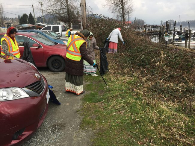 Dawoodi Bohras, Women, Garbage, Pick, Plastic Waste, Plastic Pollution, Vancouver, Canada, Turning the Tide, Project Rise