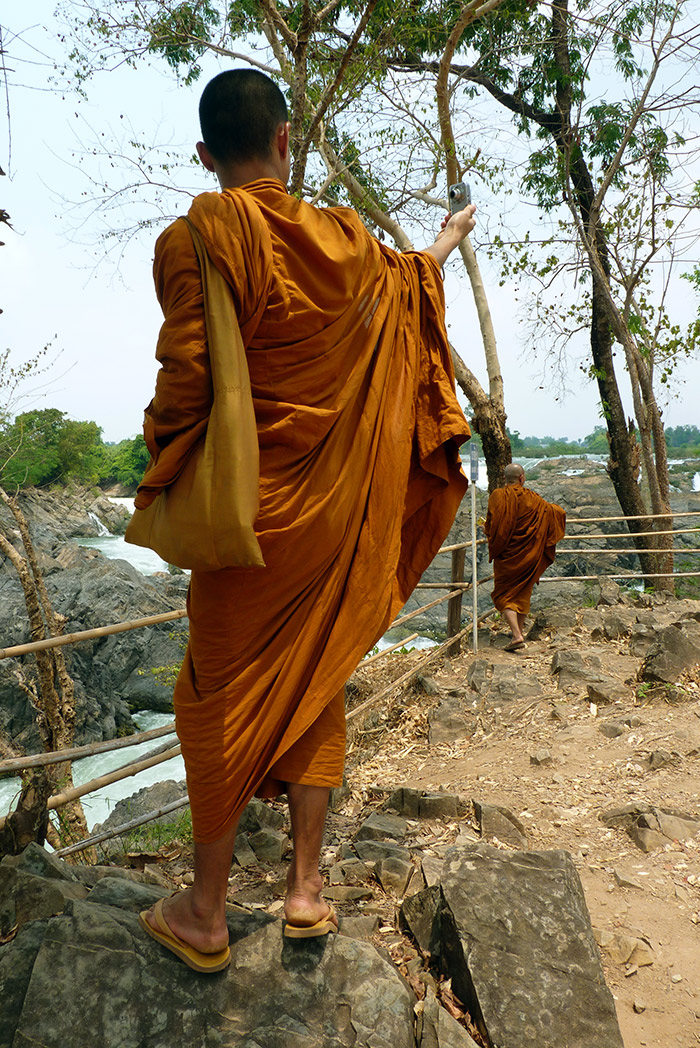 Moine selfies Laos