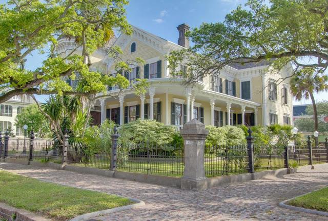 Renovating home hiring general contractor can good idea