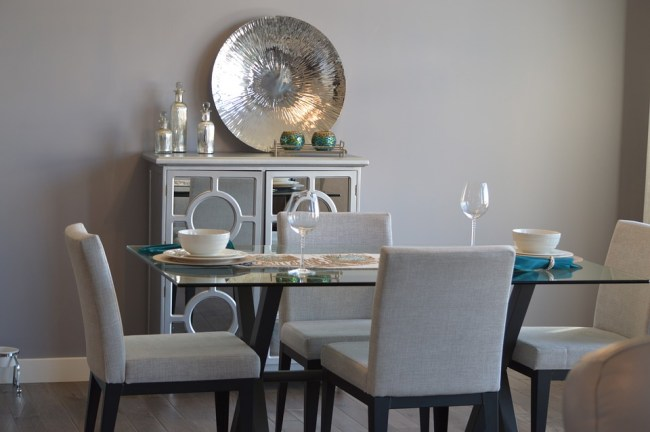 Dining Table Use