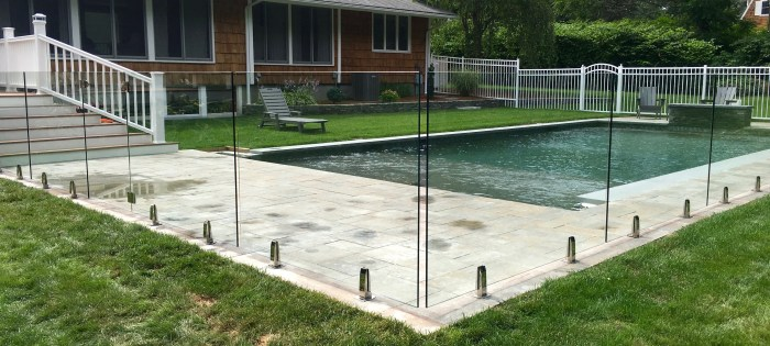 Advantages Invisible Pool Fencing