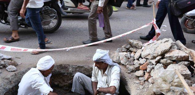Atget's Corner – 921-925, Delhi Photos