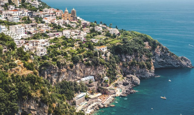 Does getting proposed to on the Amalfi Coast sound like a dream come true?