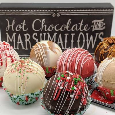 50+ Hot Chocolate Bomb Flavors to Make