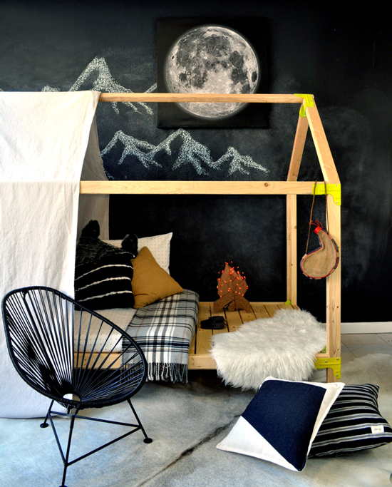 Free DIY Furniture Plans // How to Build an Indoor Outdoor House Bed Playhouse + Outdoor Daybed Lounge