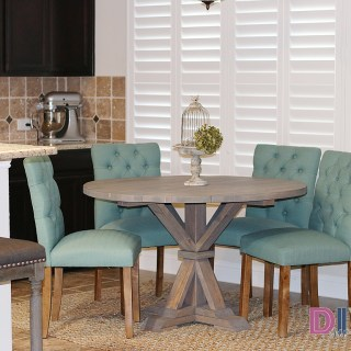 DIY-Round-Farmhouse-table.jpg