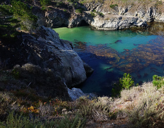 The Design Confidential Takes Big Sur // Best Scenic Hiking Trails