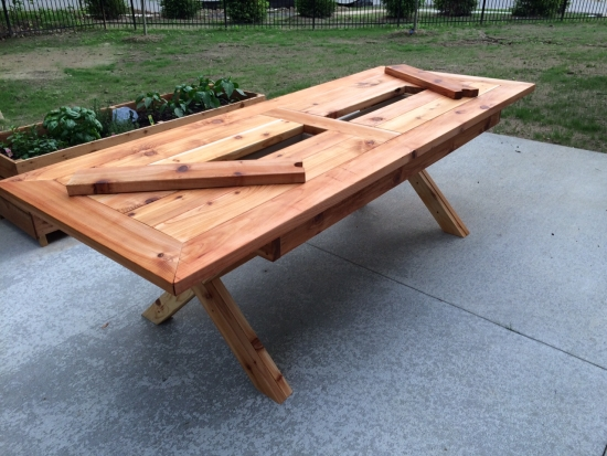 Builders Showcase // Rustic Outdoor Table With Built In Drink Cooler