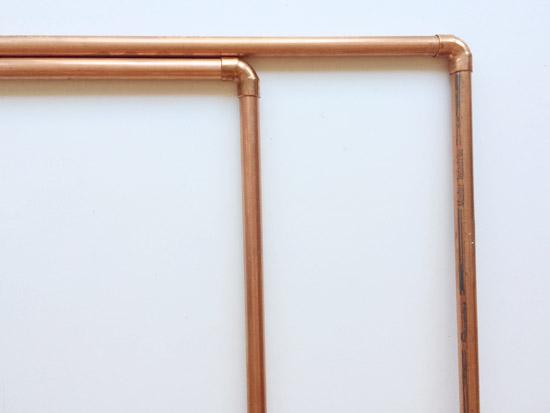 The Design Confidential DIY // Freestanding Copper Towel Rack