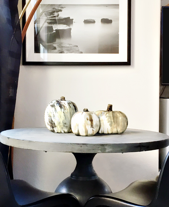 The Design Confidential x #MichaelsMakers // DIY Faux Natural Horn Decorative Pumpkins