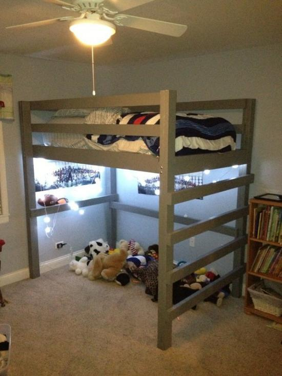 Builders Showcase Low Loft Bunk Twin With Vertical Ladder
