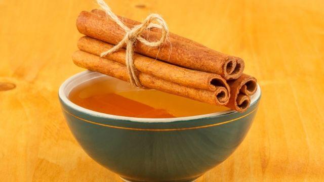 Honey And Cinnamon For Skin Lightening