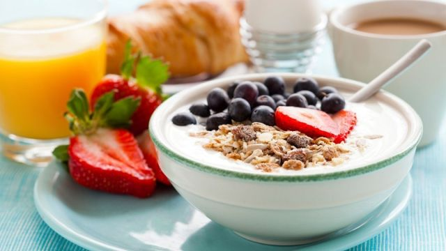 30 Breakfasts Under 300 Calories To Lose Weight