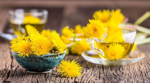 Best Dandelion Tea Recipe For A Healthy Digestive Tract