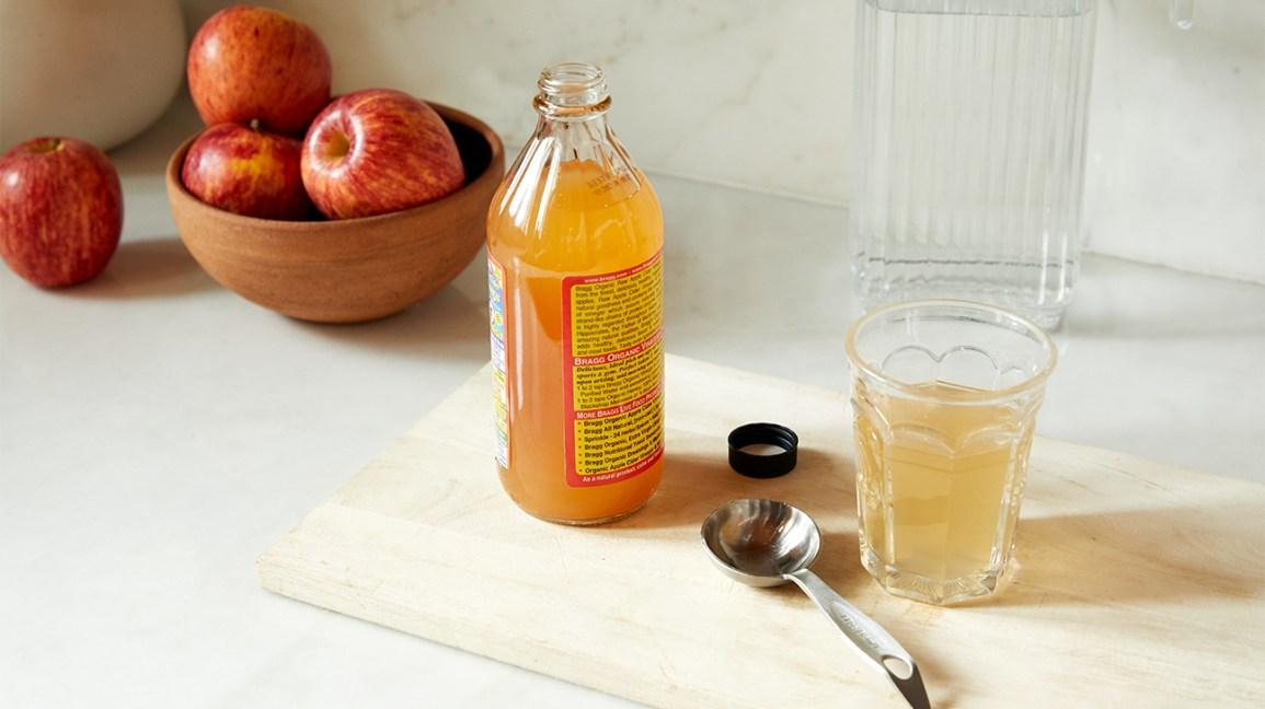15 Powerful Benefits Of Apple Cider Vinegar