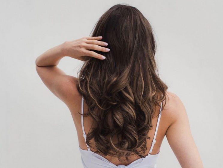 DIY Baking Soda Shampoo For Natural Hair Growth