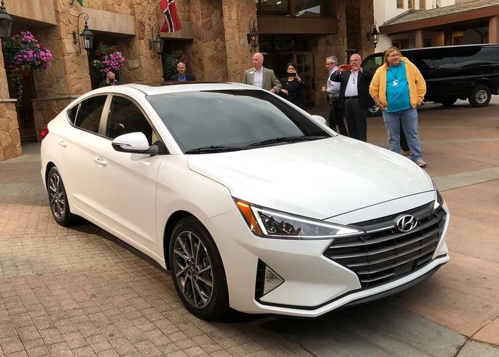 2019 Hyundai Elantra More Than The Typical Mid Cycle