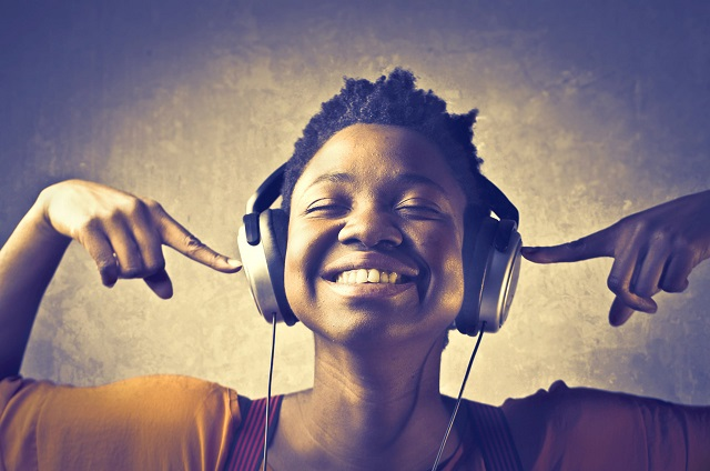 black-woman-listening