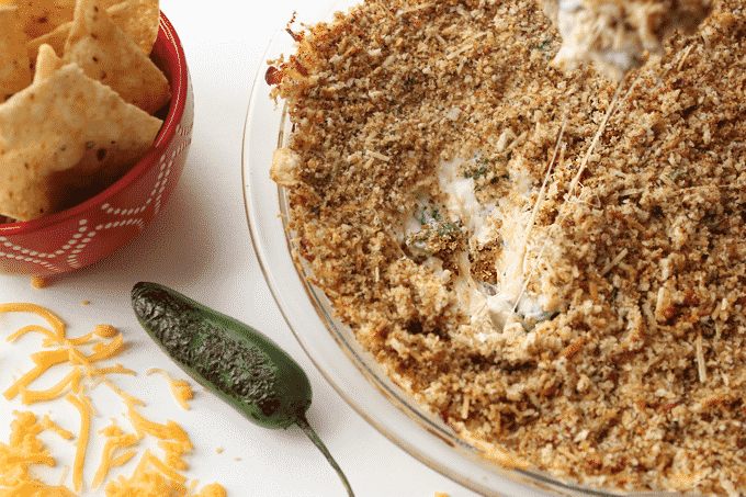 Healthy jalapeno popper dip is a thing! You'd never guess this was good for you. The cheesiness, the creaminess, the spiciess! Plus, each serving has 18.5g of protein.