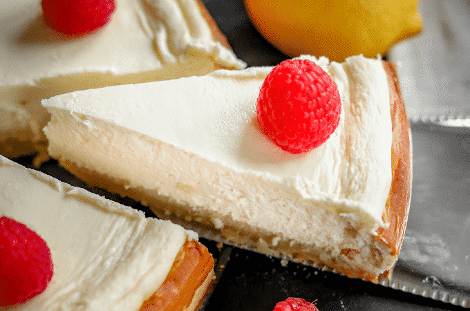 Easy Keto Cheesecake. The BEST Low Carb Cheesecake Recipe For Keto