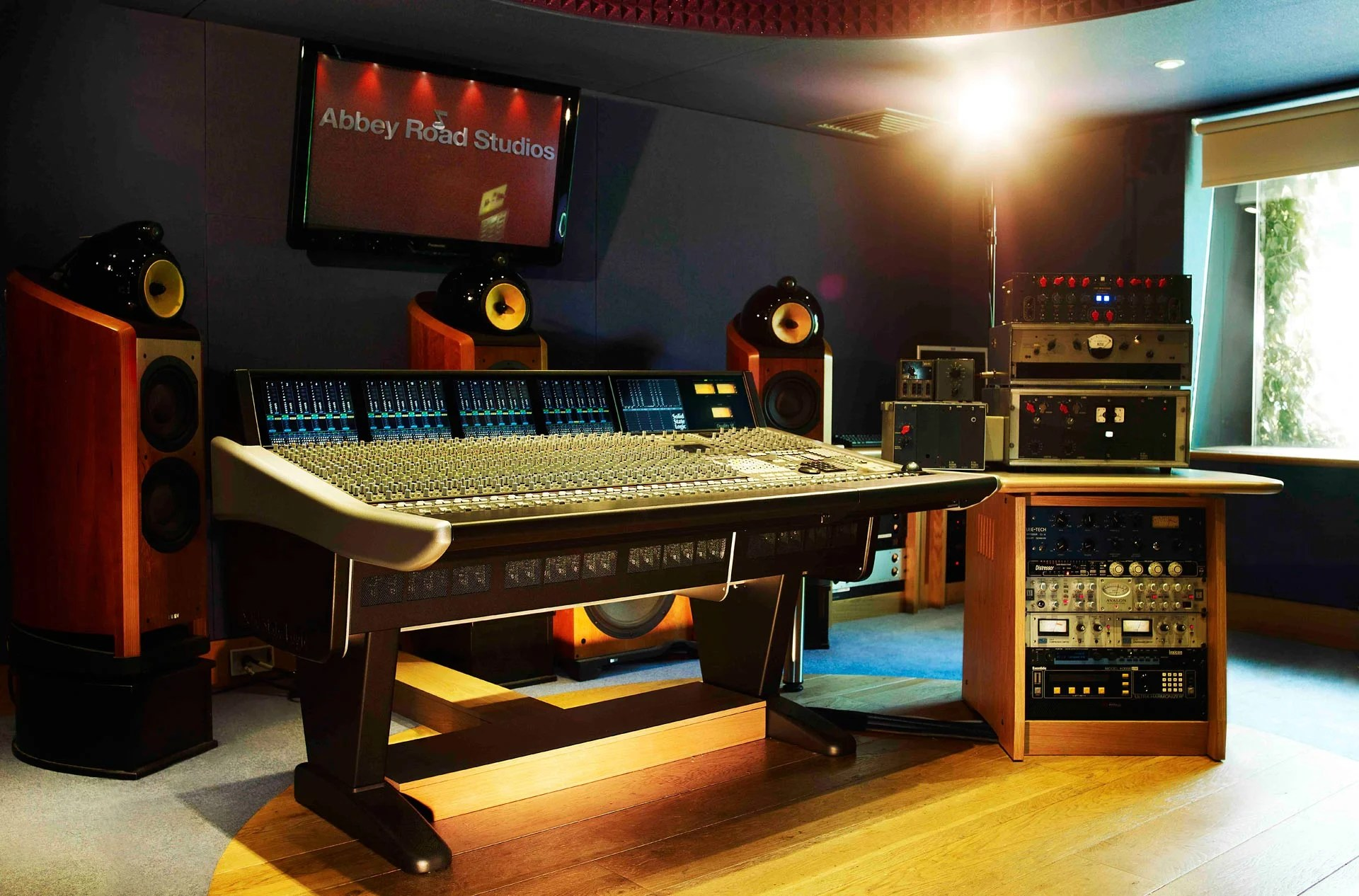 New Abbey Roads Studio Audio Technology Offers Mastering