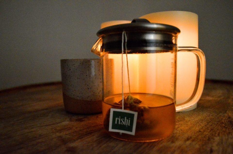 pause-float-studio-tea