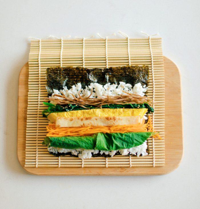 Authentic Korean Traditional Kimbap vegetable based rice rolls #koreanfood #koreancooking #authentickorean #glutenfree #TheDimpleLife