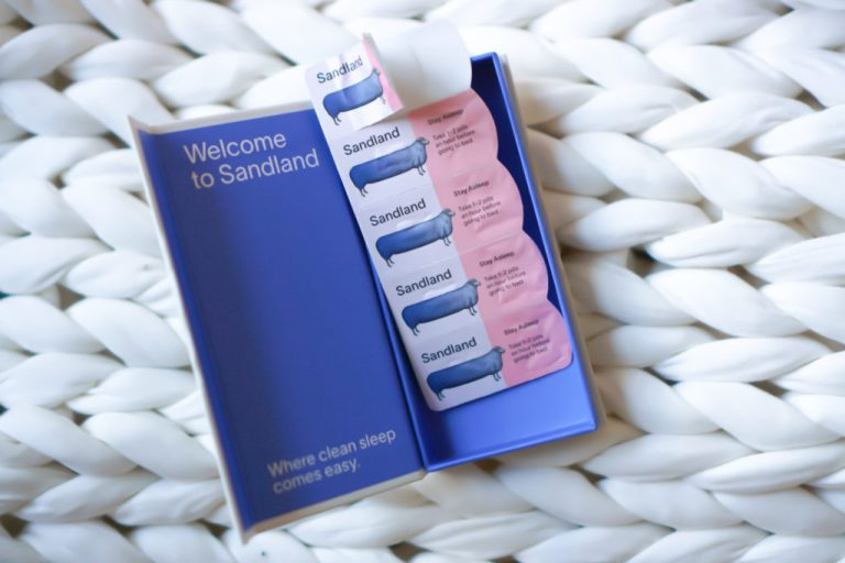Sandland sleep is a natural sleep aid that contains CBN and is a non-psychoactive. It gets me to sleep within minutes! #SleepAid #SleepWell #TheDimpleLife #HealthyTravel