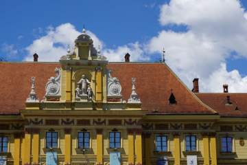 Awesome Reasons to Go to Zagreb - More Colourful Architecture. read more.