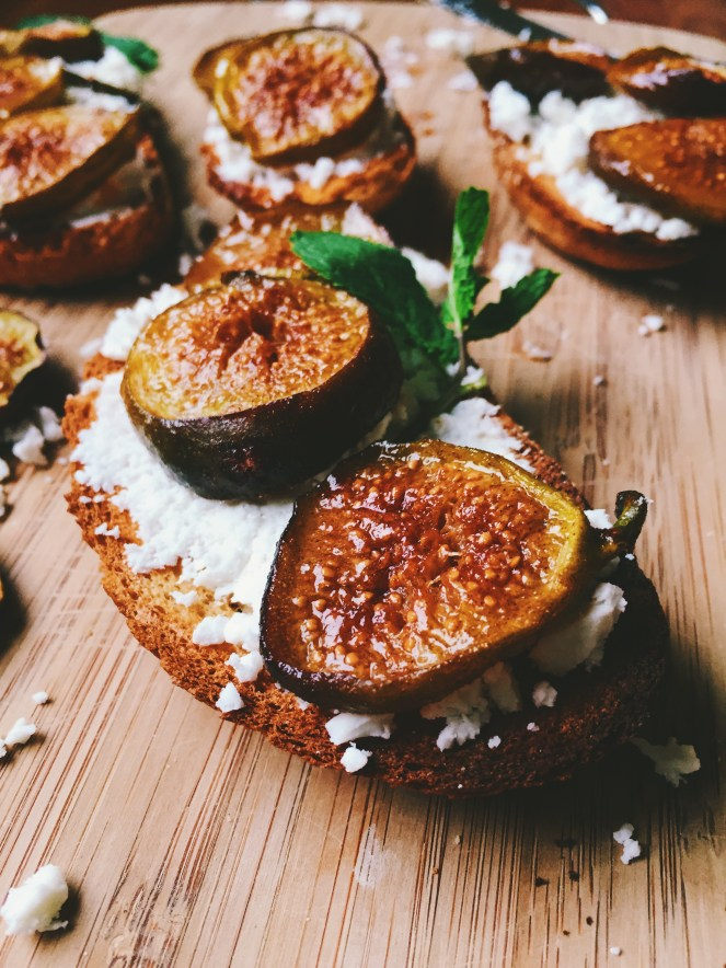 Honey Caramelized Figs and Feta Crostinis